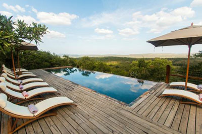 rhino-ridge-safari-lodge-1